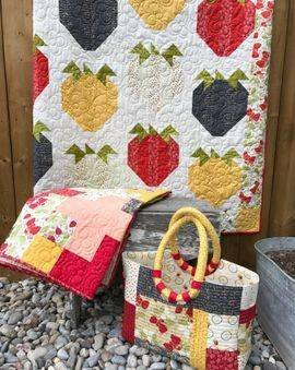 Strawberry Delight Quilt Kit