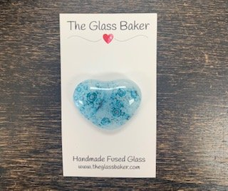 Fused Glass Heart Needleminder 8 Lt. blue