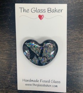 Fused Glass Heart Needleminder 10 black/opal