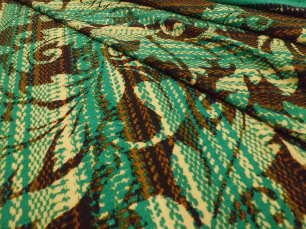 Hacci Sweater Knit in Emerald and Brown