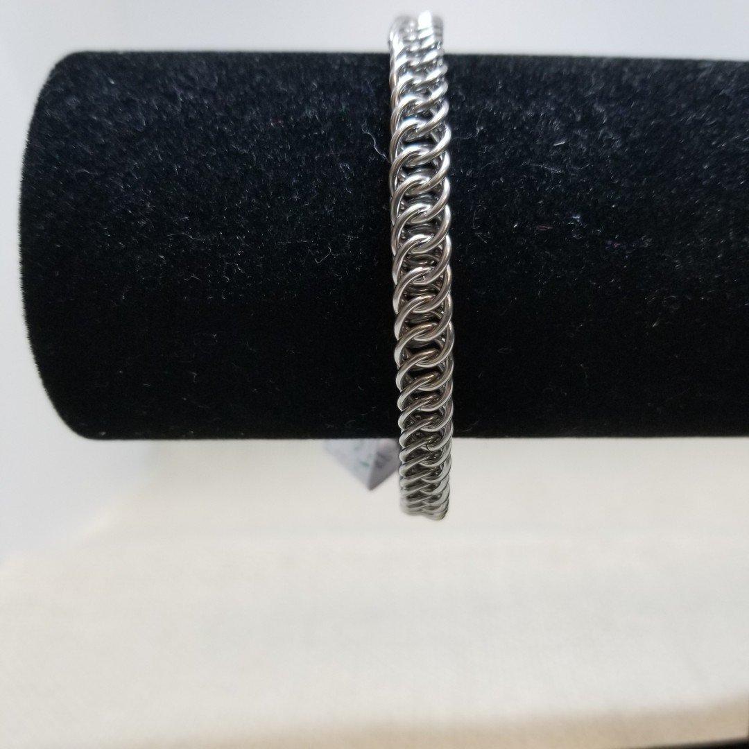 20-Stainless/Brass Link Bracelets
