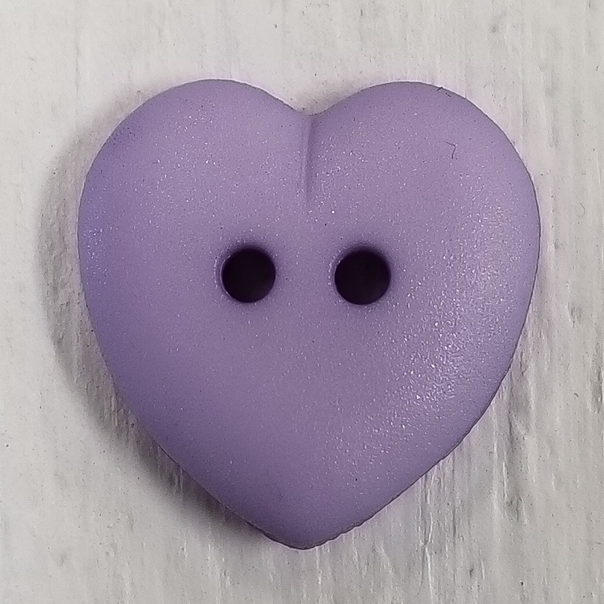 Novelty Buttons 5/8 (15mm) - Small Hearts