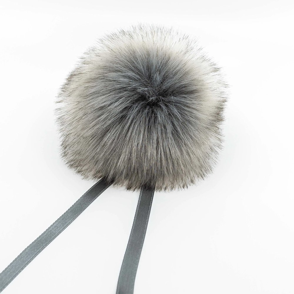 Ikig Pompoms - 100% acrylic