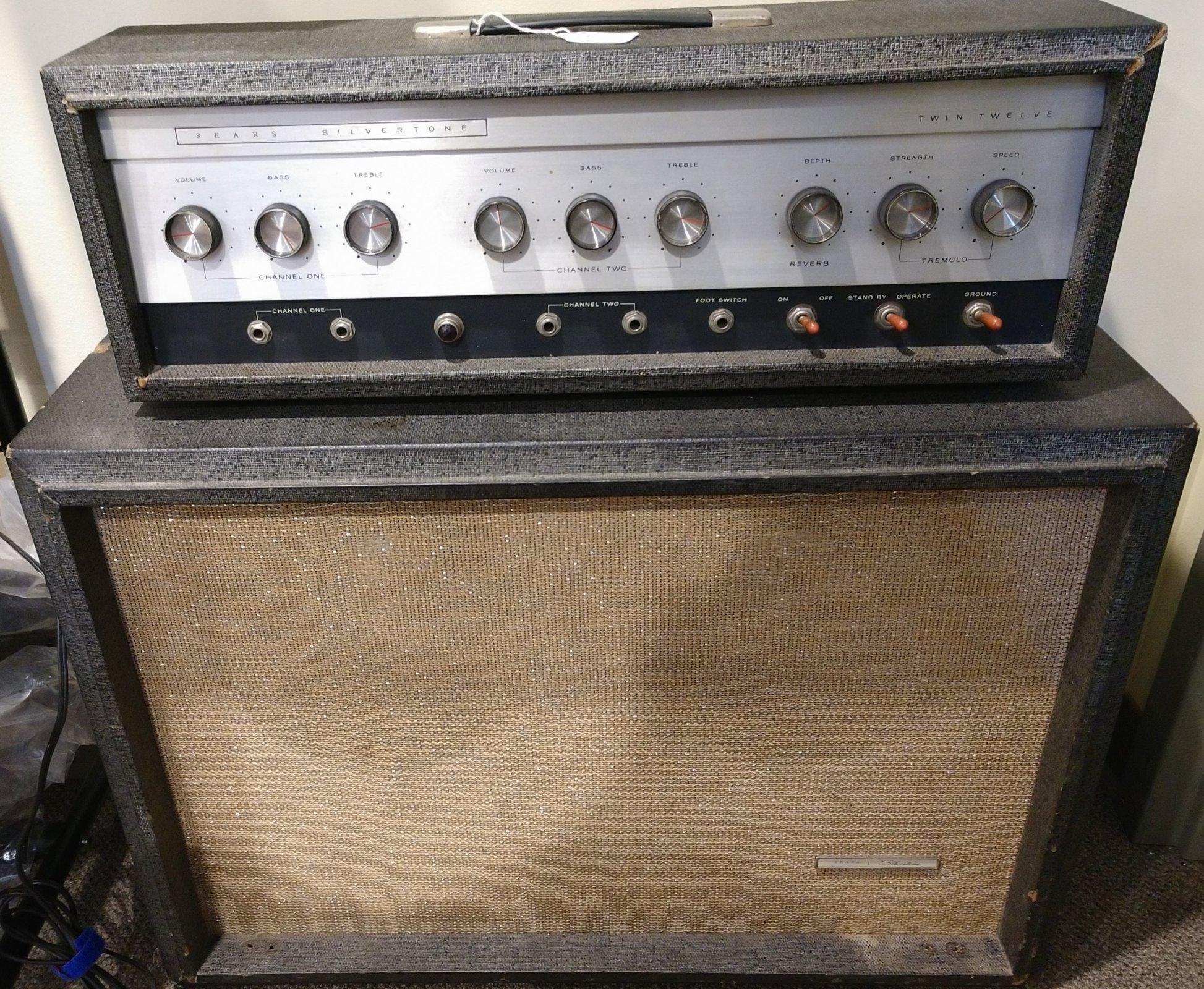 AMPLIFIER - 60s era Silvertone 1484 2x12 Tube w/ Cover - 60 Watts