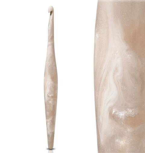 Furls Creme Crochet Hook
