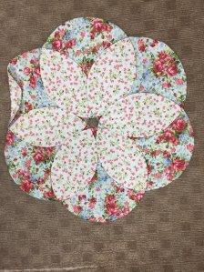 Blossom table topper 2 fabrics