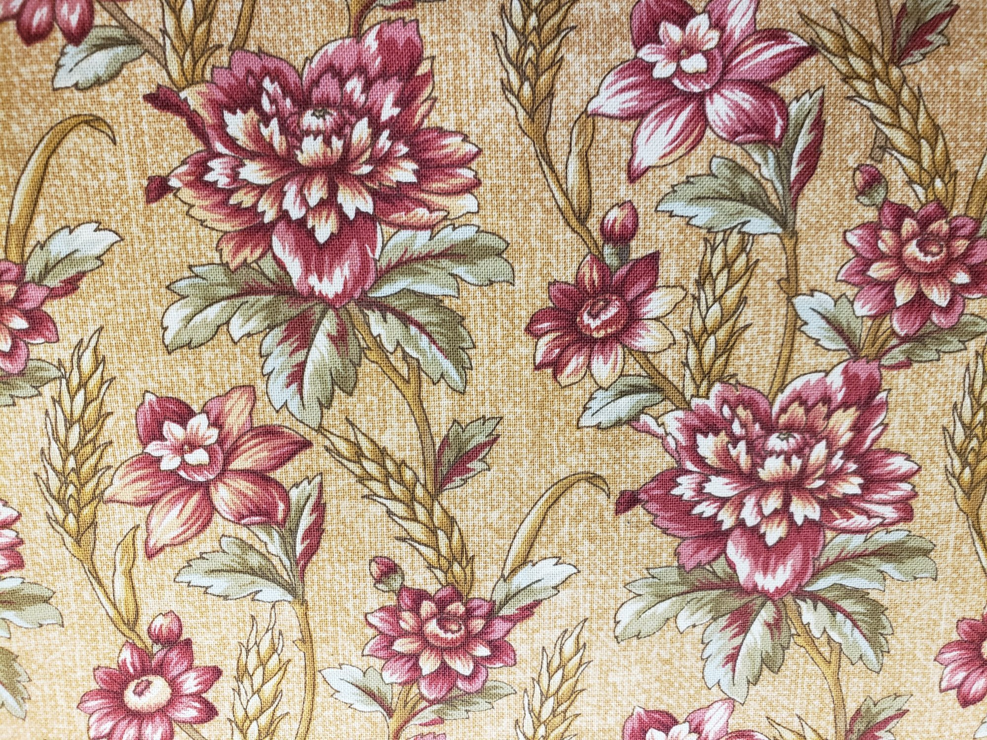 HG Bountiful Harvest HEG8148-33  Buggy Barn  Maroon & Mauve flowers with Wheat on Gold Burlap Texture