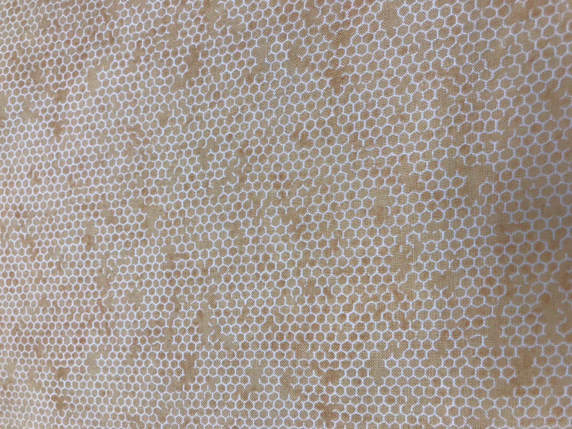 Quilters Cupboard Honeycomb Papaya