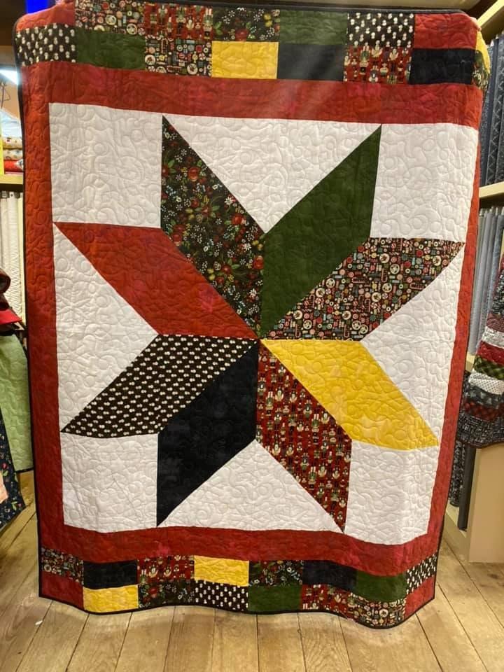 Christmas Stars & Stripes Quilt Kit