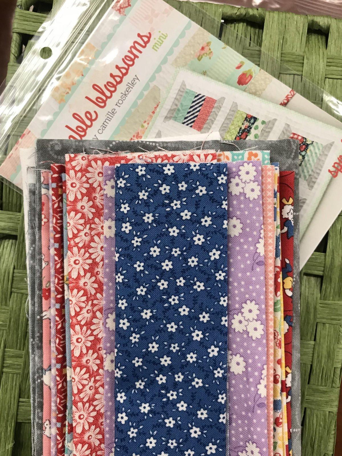Spools Mini Quilt Kit