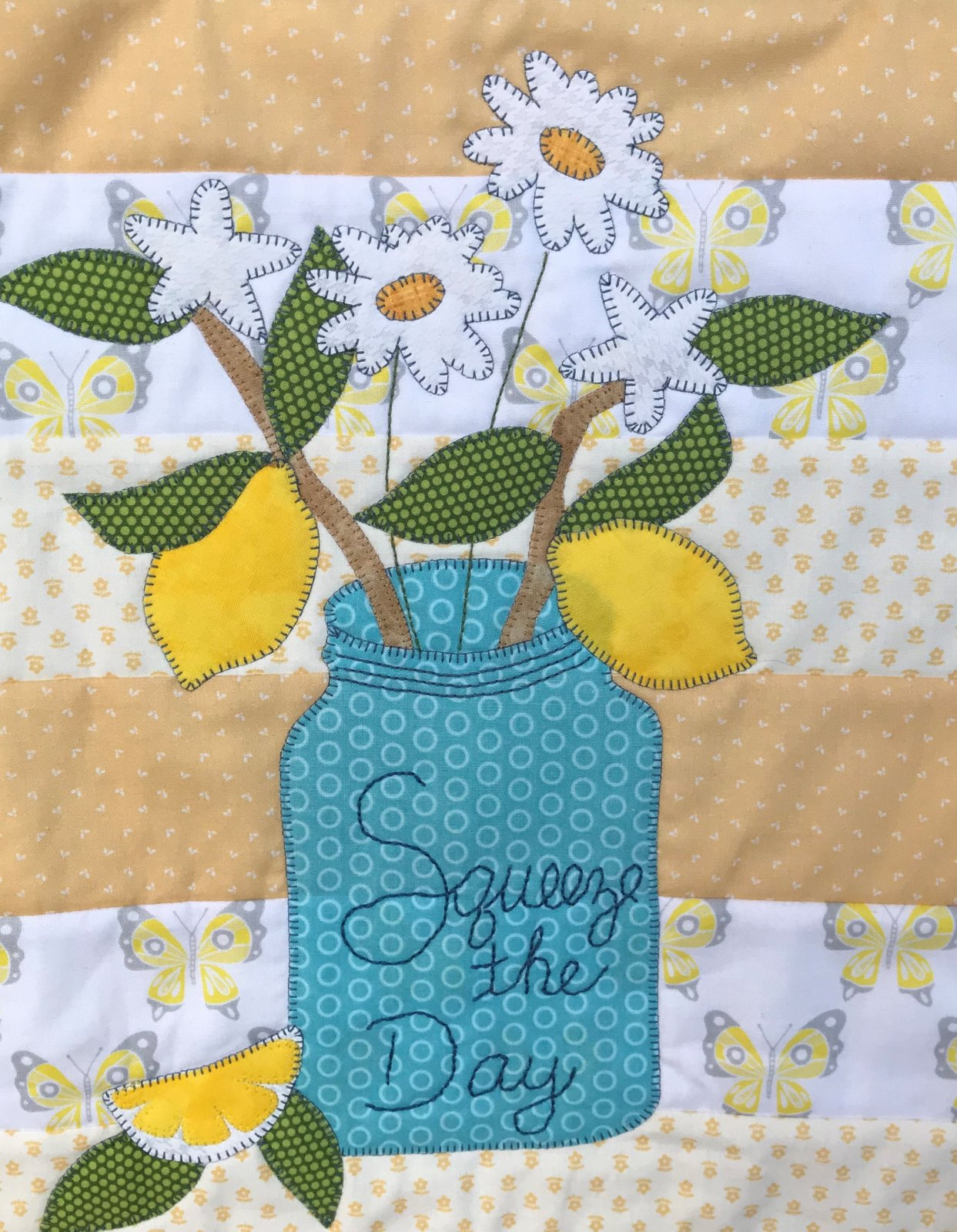 Squeeze the Day Mini Quilt Kit