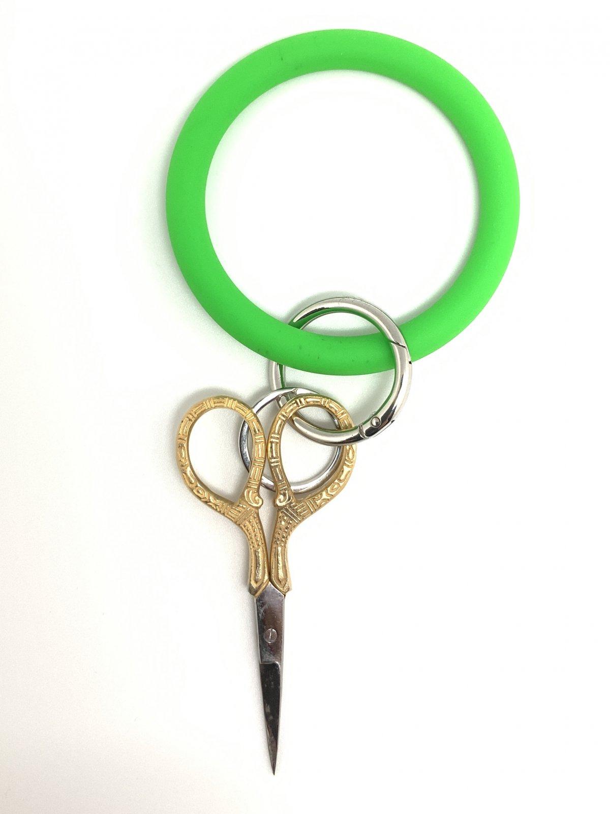 O Scissor Holder