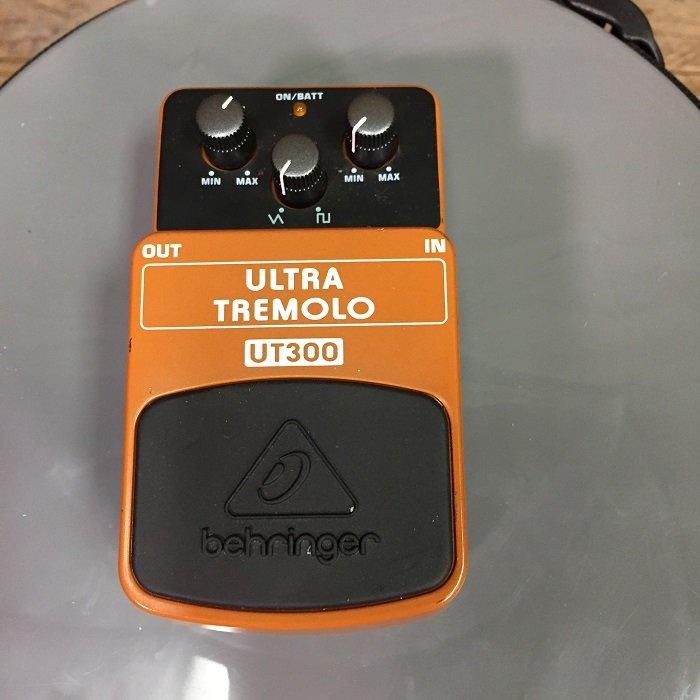 Used Behringer UT-300