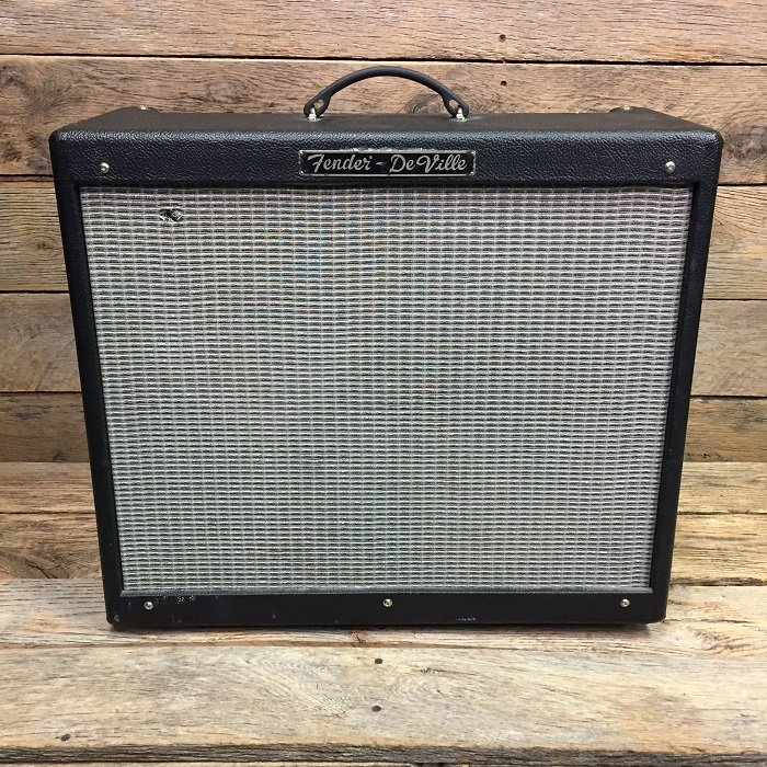 Used Fender Hot Rod Deluxe Amp