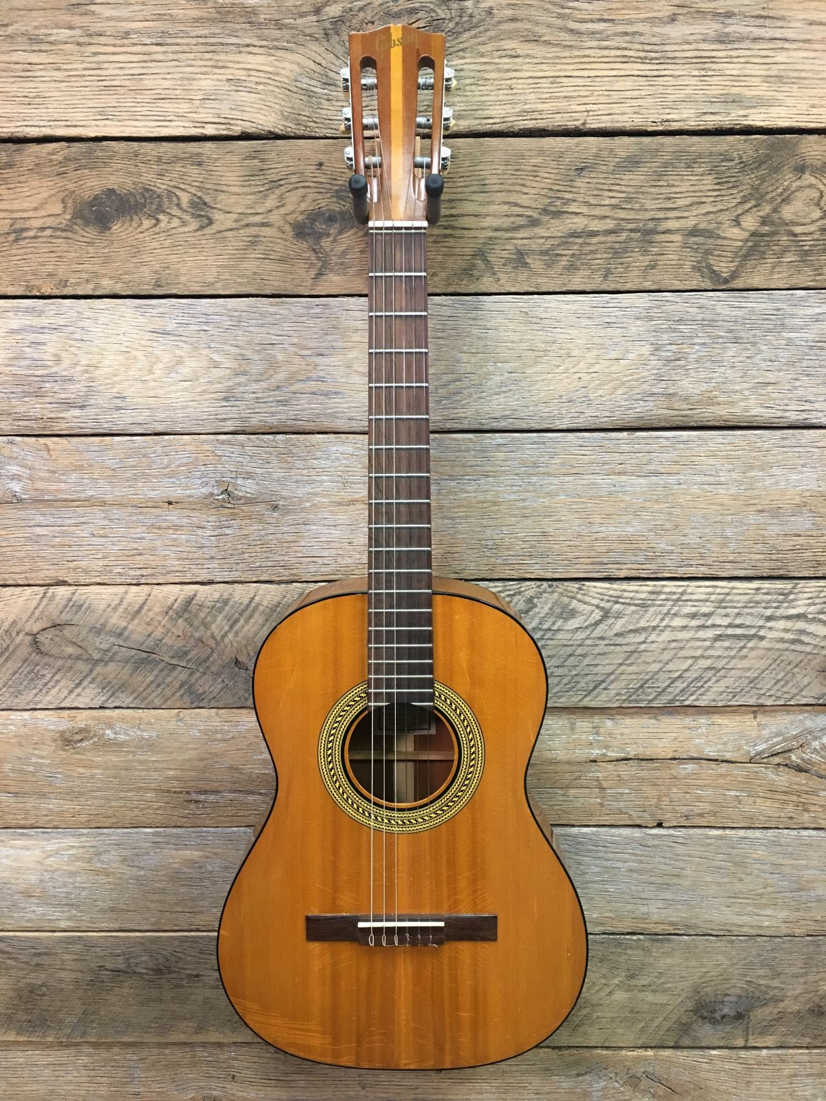 Used 1971 Gibson C-1 Classical w/ Case