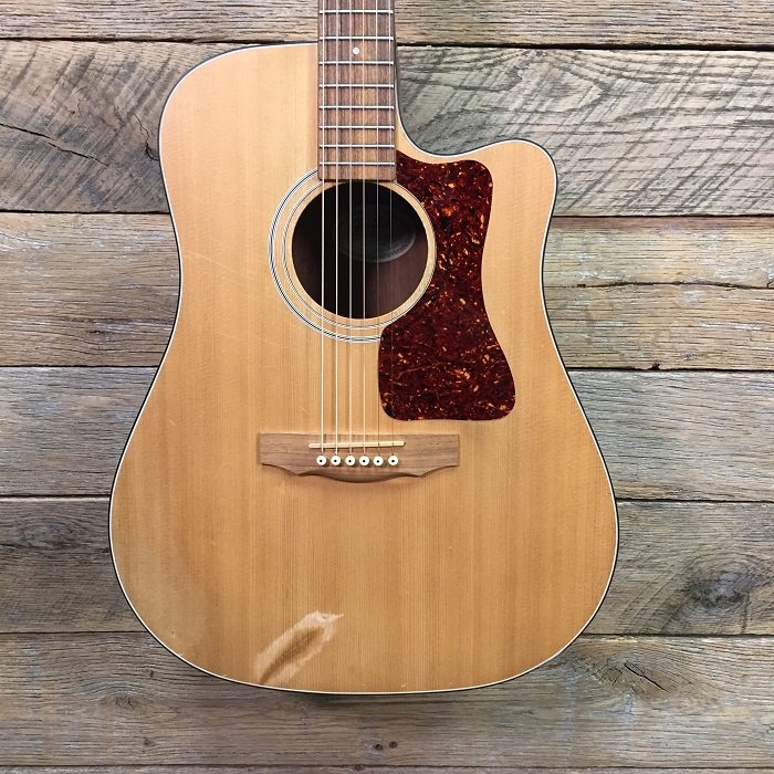 Used Guild DCE-1 W/Case