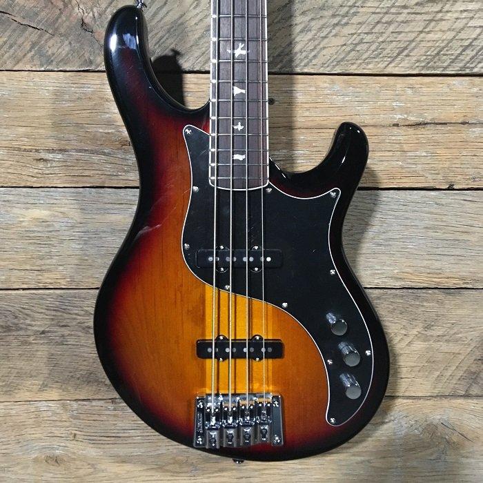 2018 PRS SE Kestral Bass 4 Tri Color Sunburst w/ Gig Bag