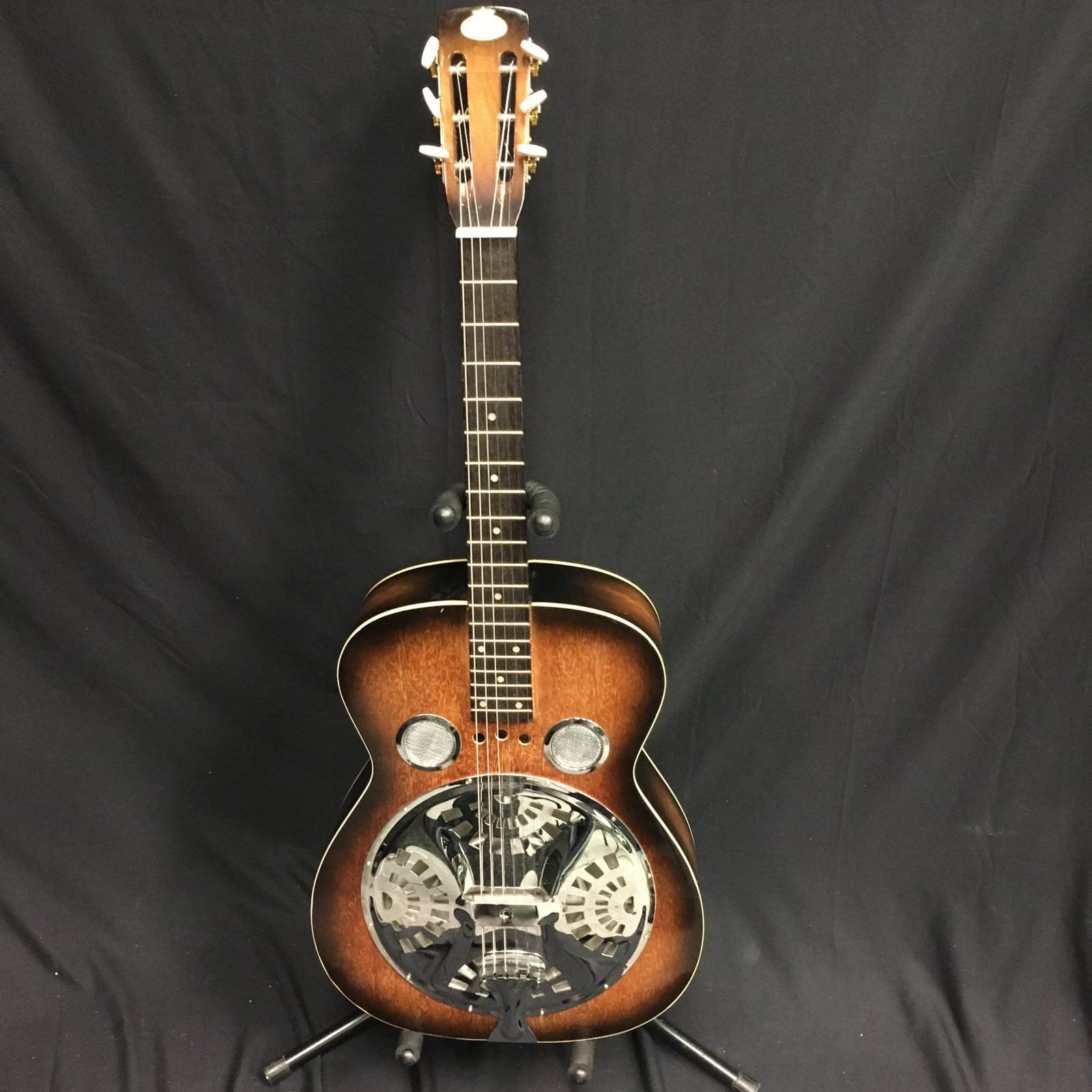 Used Regal Resonator with HS Case