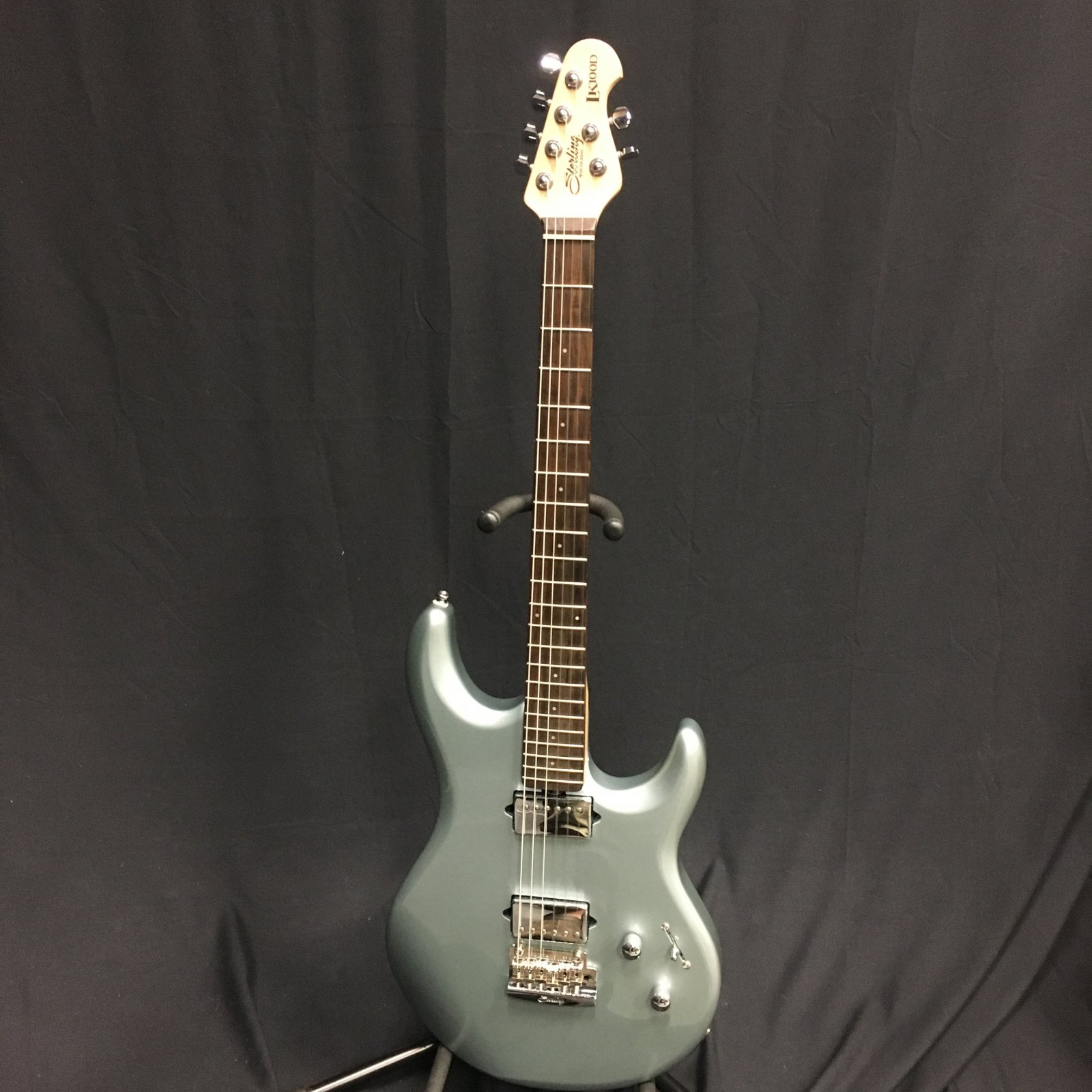 Used Sterling LK1000 with Feather light case