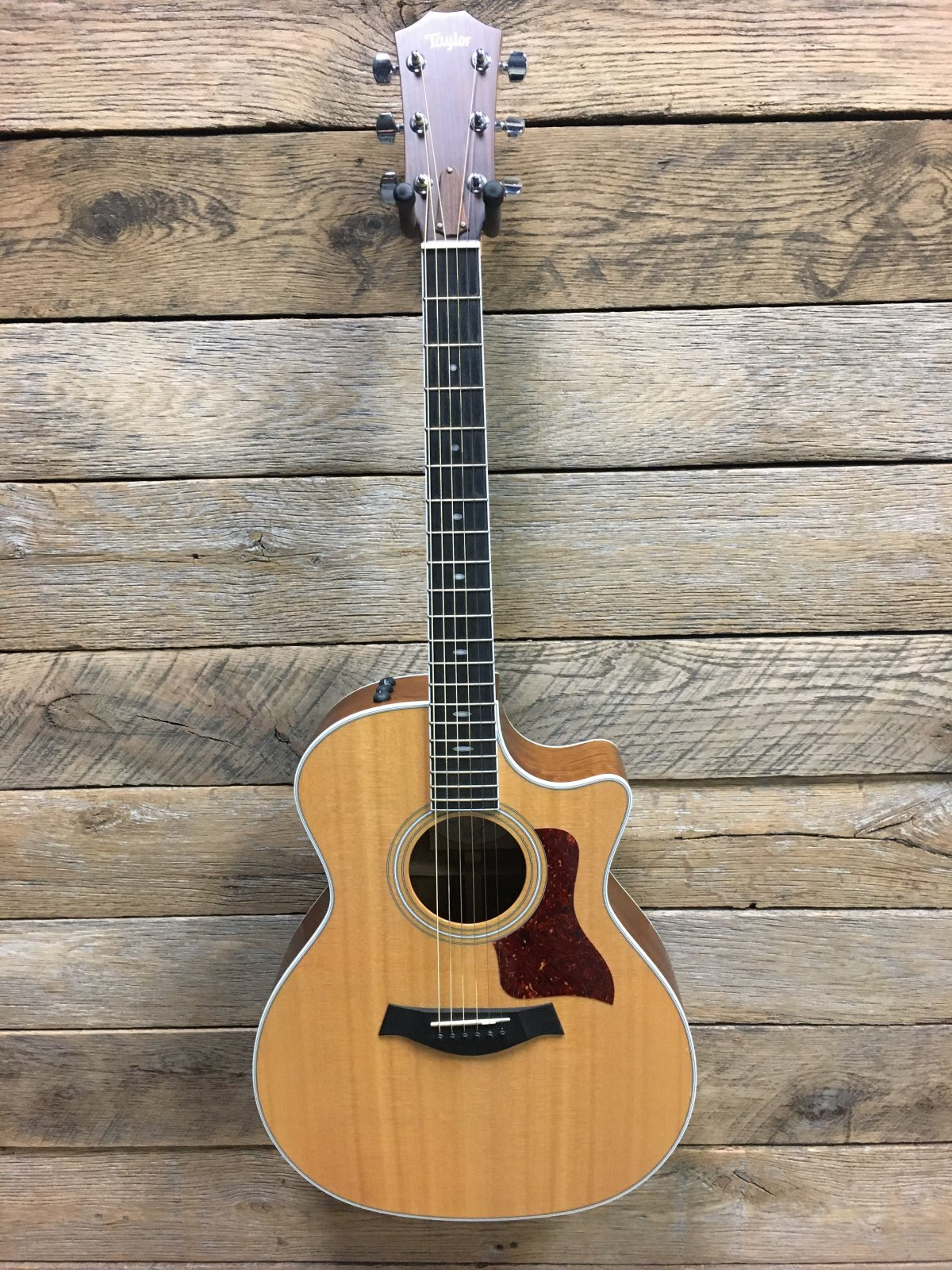 Used Taylor 414ce with case
