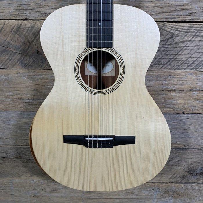 Taylor Academy 12-N Nylon Guitar