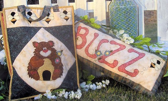 The Buzz by Shauna Case for Quilters Clutter : QC231-09