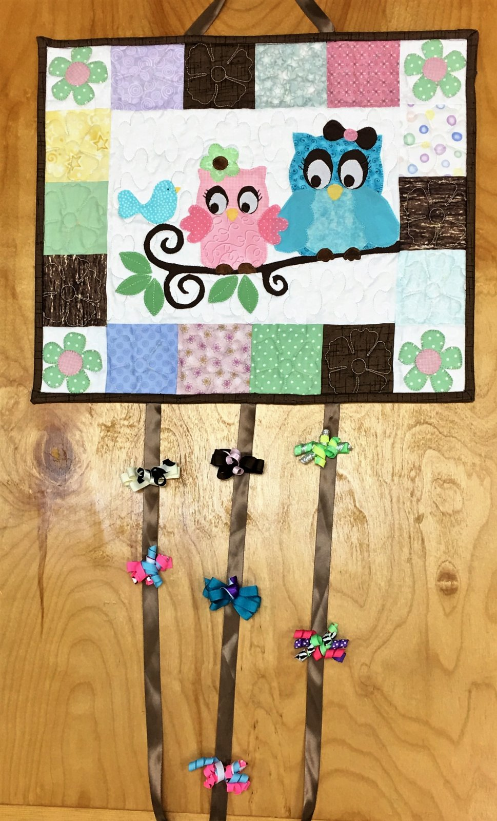 Little Owls, Barrett Holder - Finished Wall Hanging Quilt