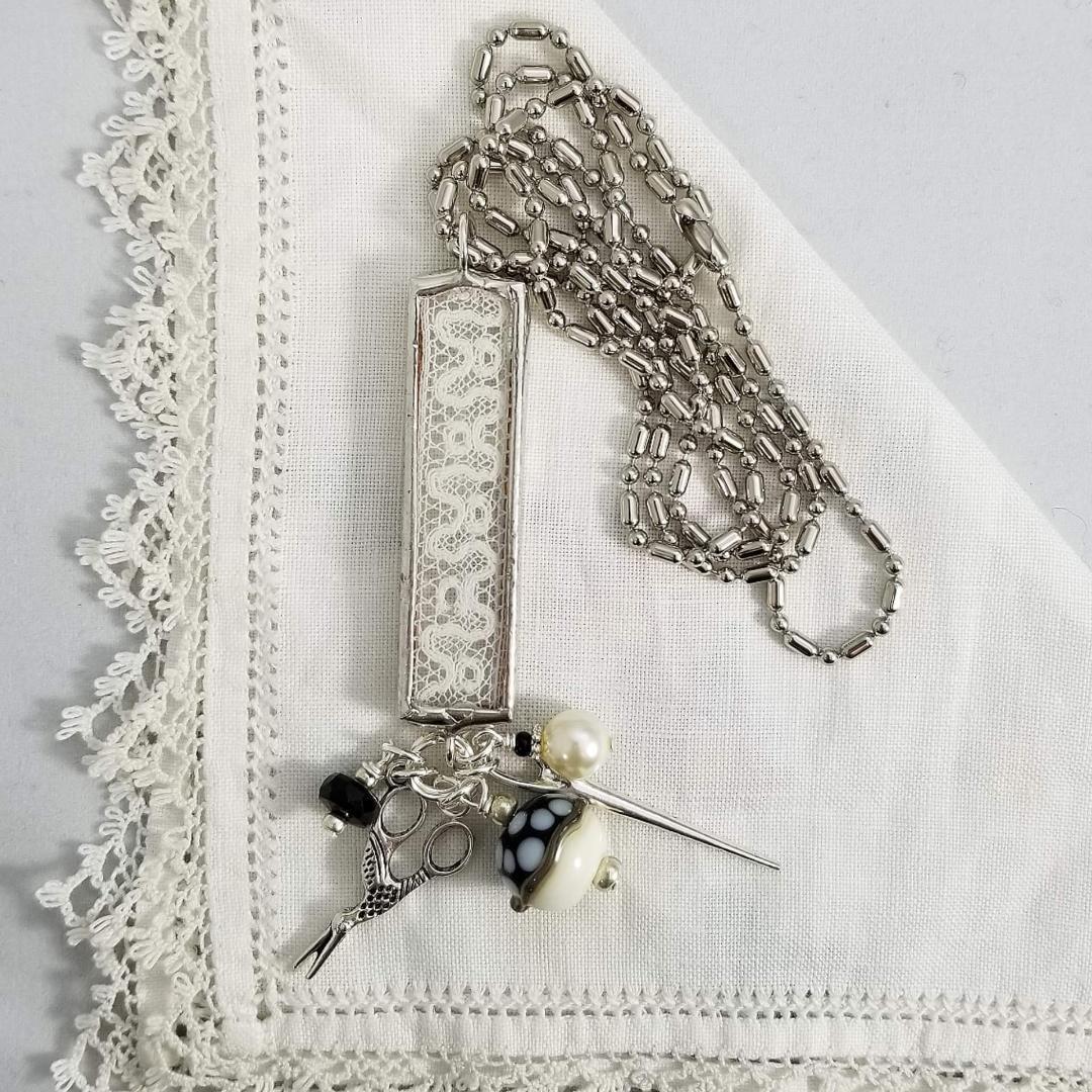 Charm Necklace - Oblong Needle & Scissors