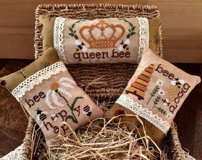 Rovaris Bee Puncushion