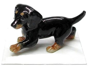 DACHSHUND Black & Tan Puppy Dog Caboose New Figurine MINIATURE Porcelain LITTLE CRITTERZ LC808
