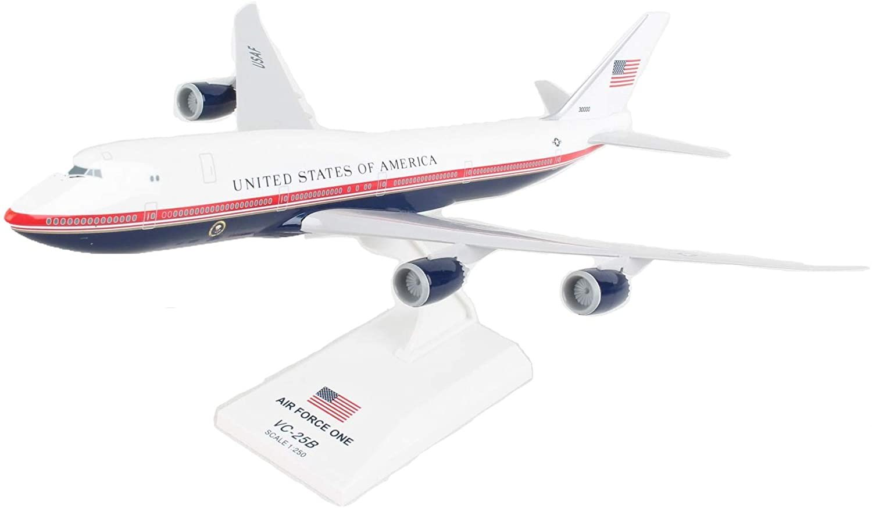 Daron Skymarks Air Force One 747-8 1/250 (VC25B)