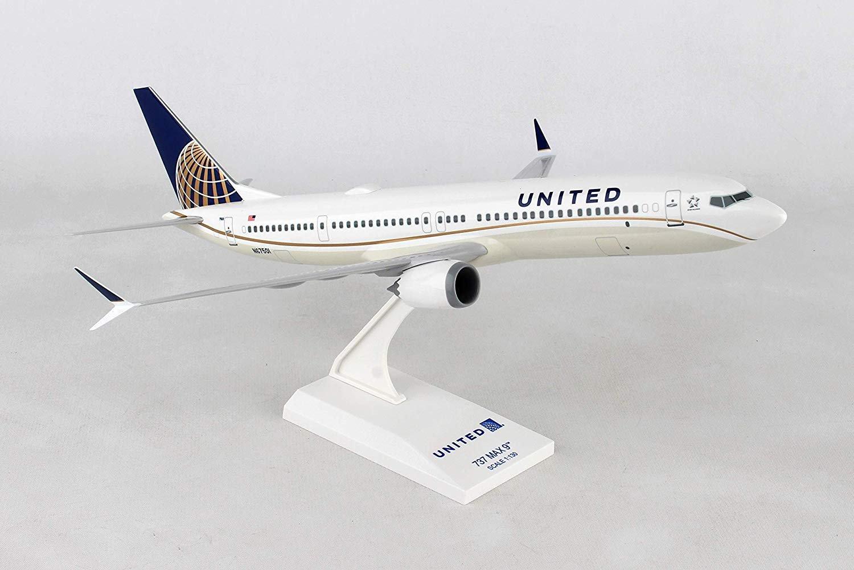Daron Skymarks United 737 Max 1/130 Scale