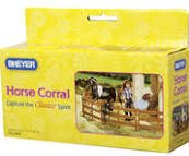Breyer Classics Horse Corral Fencing Accessories Set