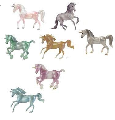 Breyer Stablemates Mystery Unicorn Surprise (1 Figure)