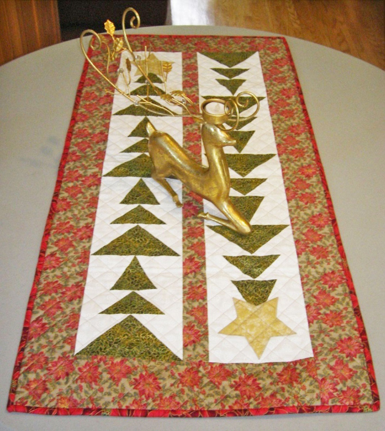 Cut Loose Press - Tall Trees Christmas Table Runner - CLPBGR004