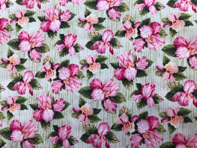 GREEN/PINK FLOWERS ON VINES 120-2011