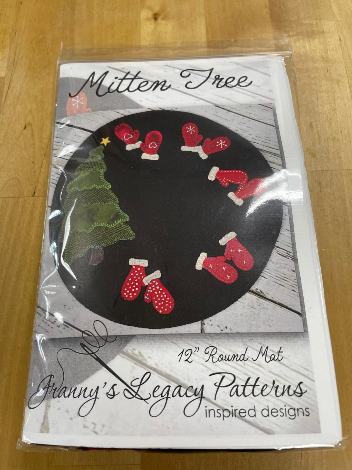 Mitten Tree Wool Kit