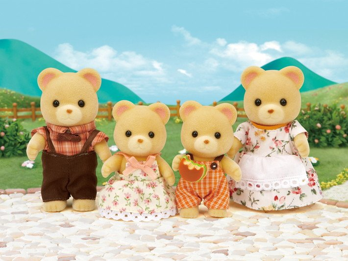 Cuddle Bear Family by Calico Critters