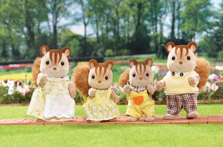 Hazelnut Chipmunk Family by Calico Critters
