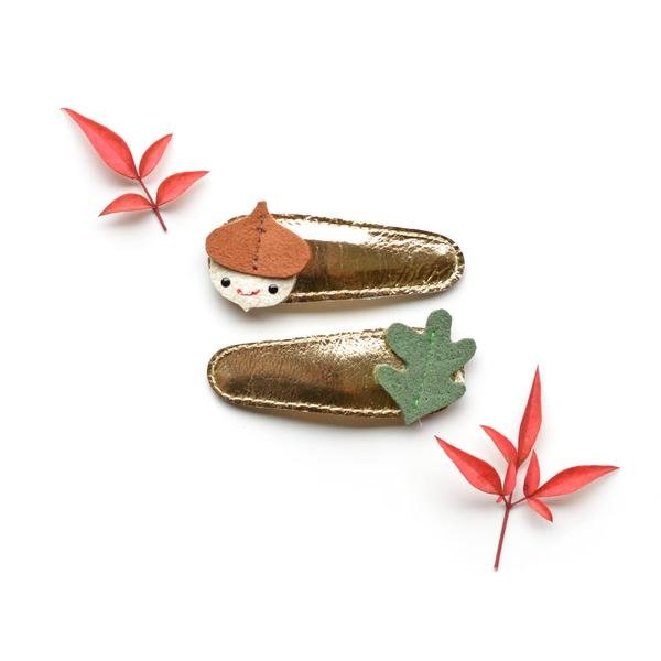 Acorn and Oak Leaf Clips by Hello Shiso