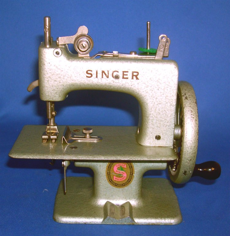 Toy Sewing Machines & Parts