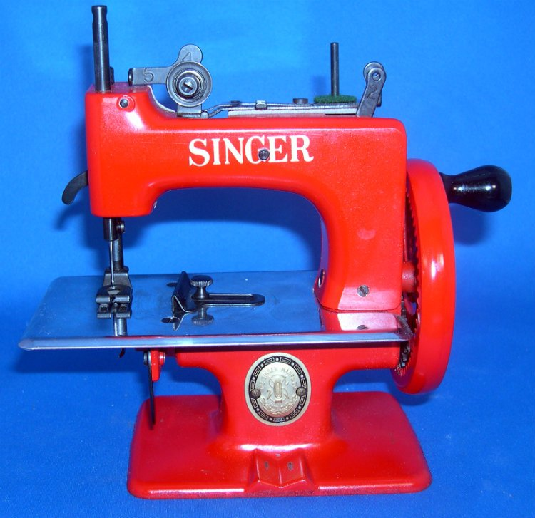 Red Singer Toy Sewing Machine Model 20-10 Made from 1954 - 1957