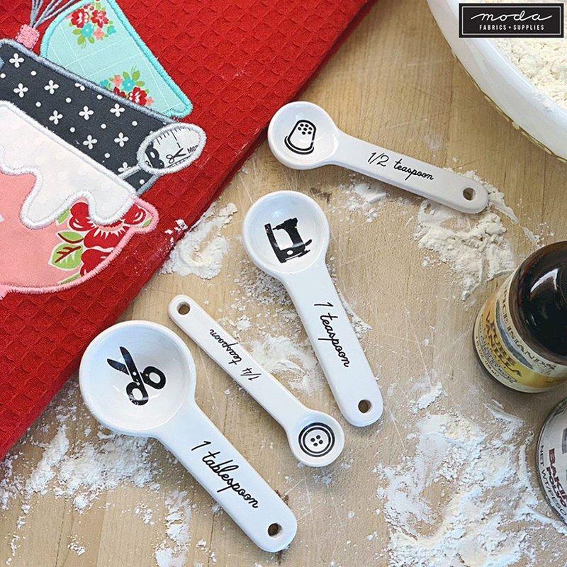 Measuring Spoon Set Sewing
