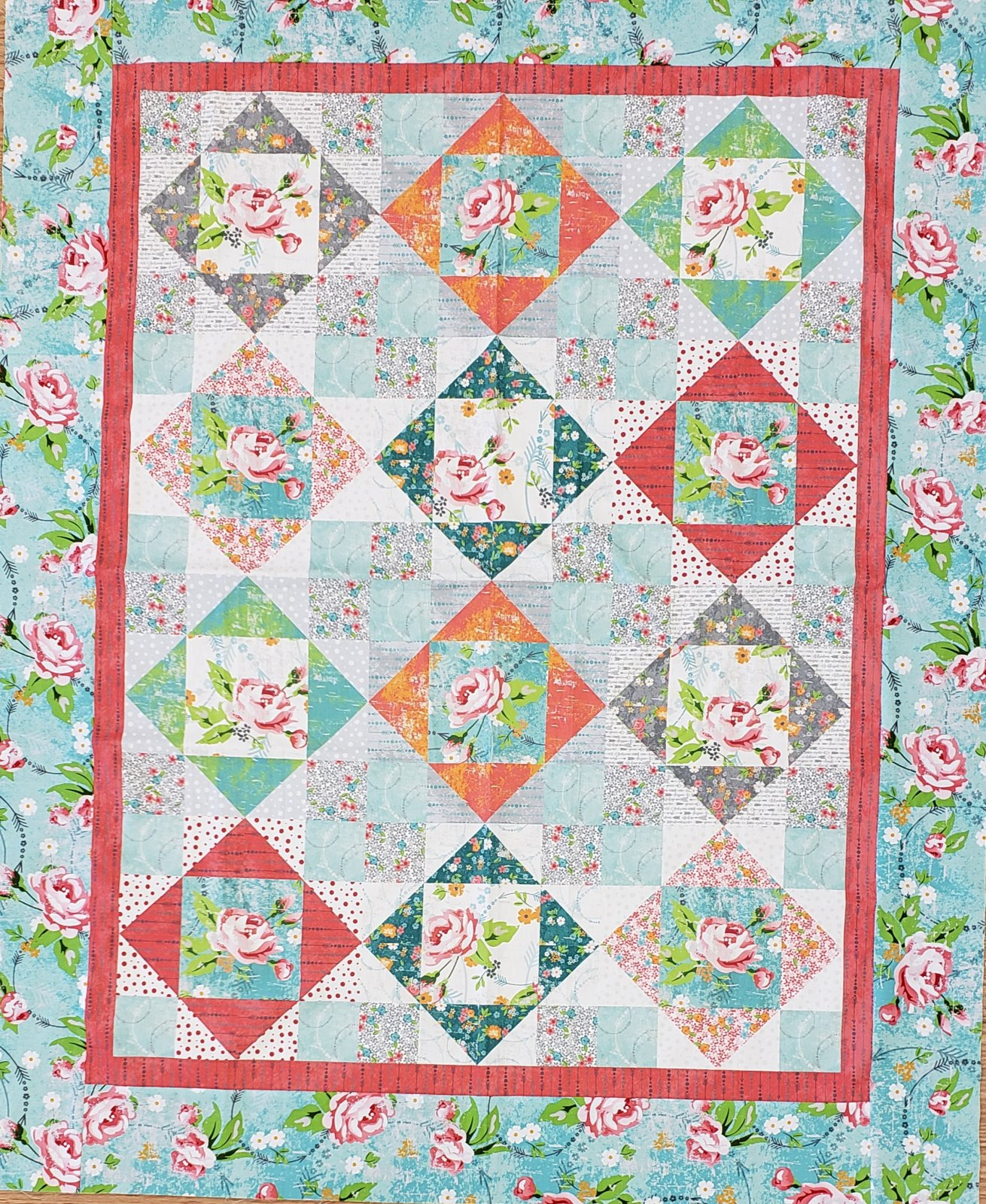 Roses and Arrows Quilt Kit