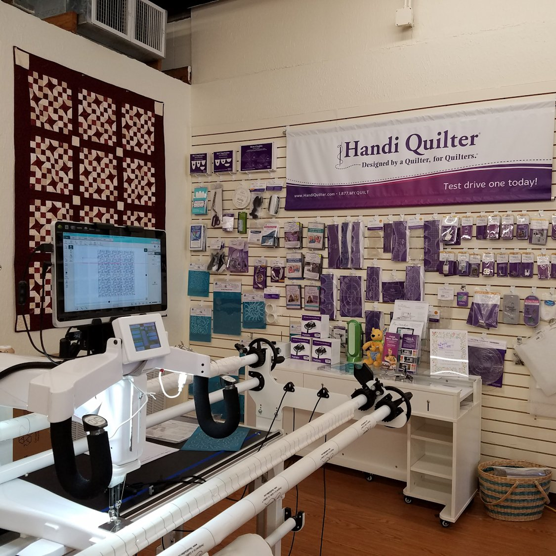 The Quilt Corner - A cozy arts and crafts sanctuary in Baton Rouge ... : quilt shops baton rouge - Adamdwight.com