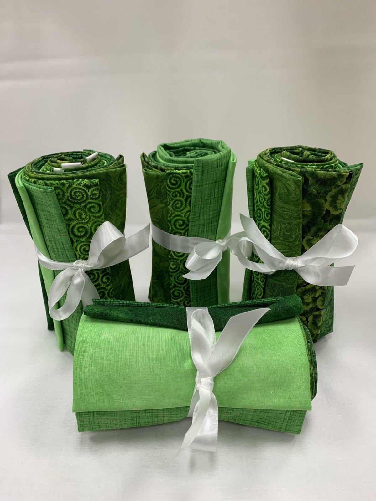 Fat Quarter Bundle Greens 8Pc