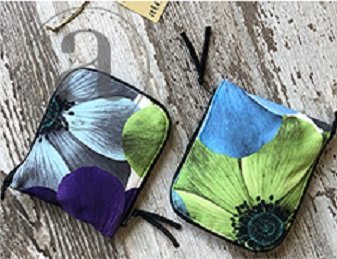 Turquoise Poppy Circular Needle Case by Atenti