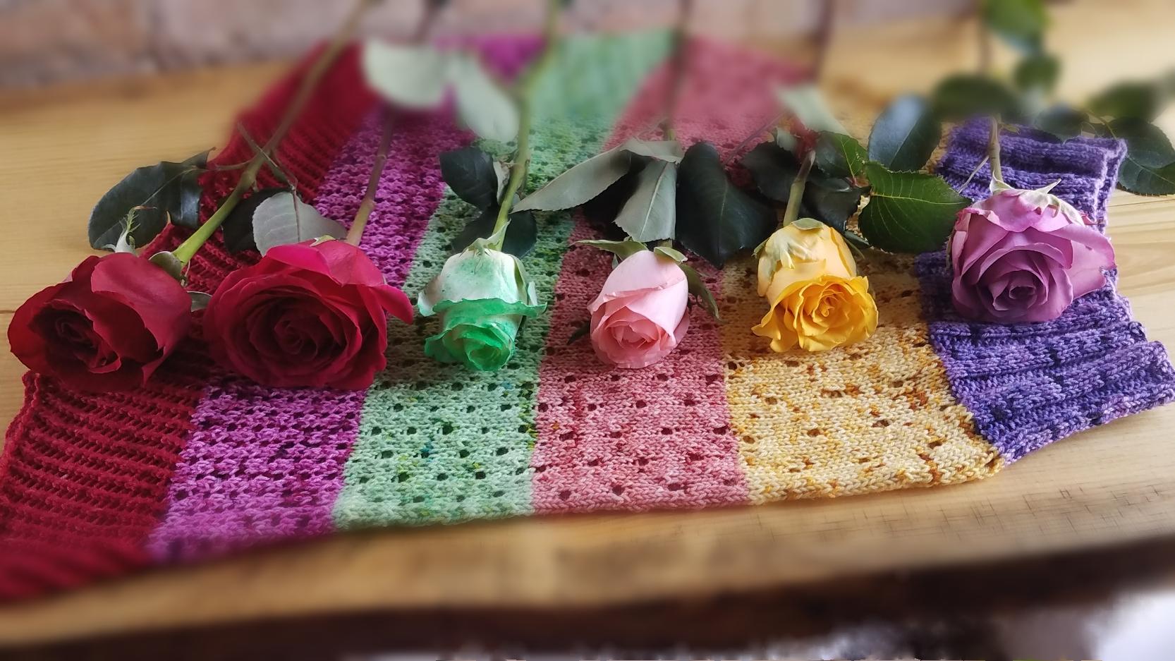 Half Dozen Roses Mini Skein Bouquet - Shadows of Love Past