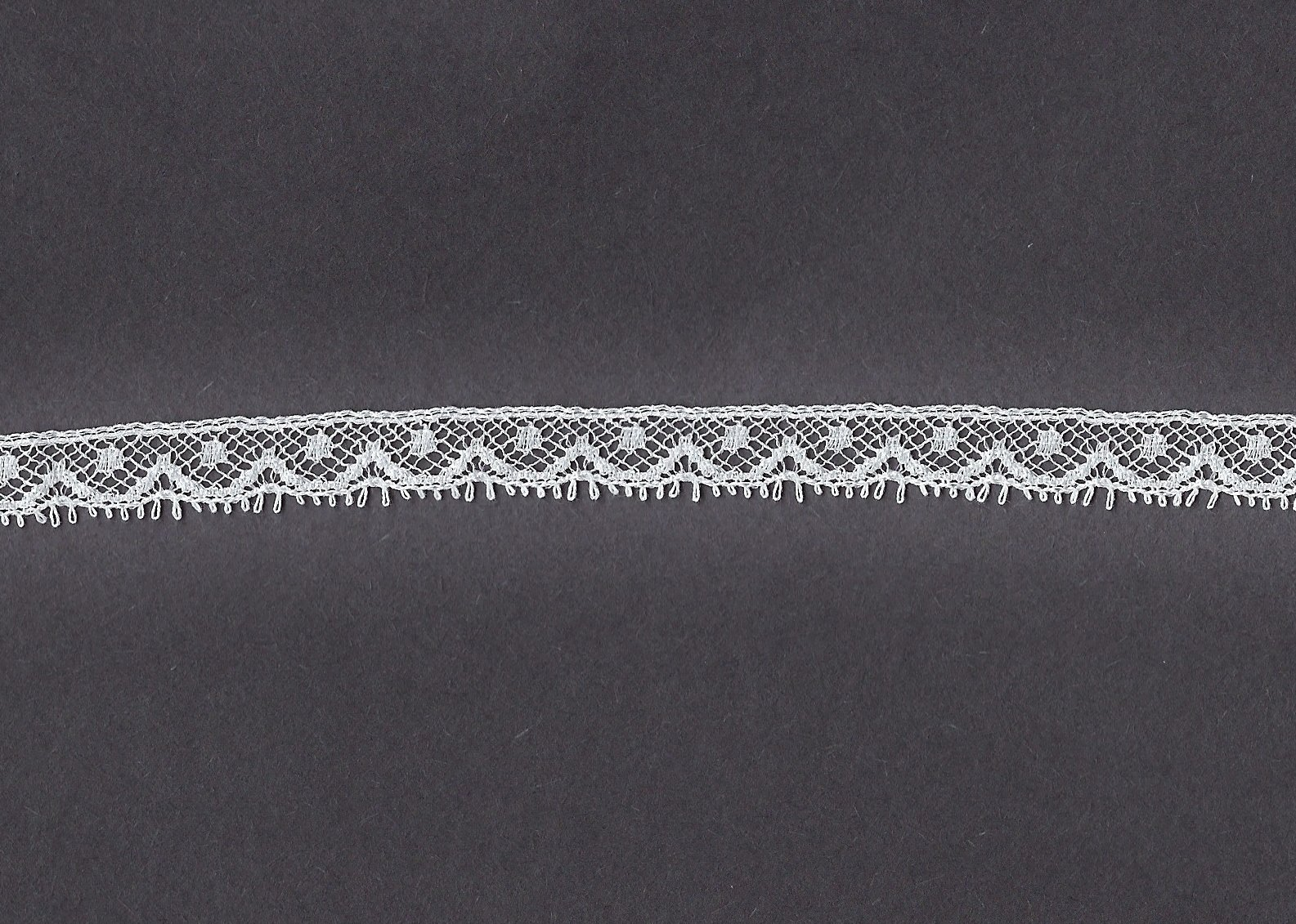 Lace Edging - 3/8 wide