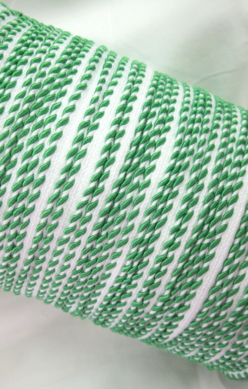 Whip stitch piping - Kelly green